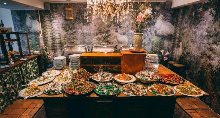 Restaurant Habibi & Hawara - Orientalische Gastfreundschaft gewürzt mit Wiener Schmäh